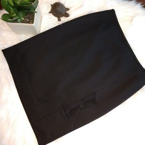 White House Black Market | NWOT Black Bow Skirt